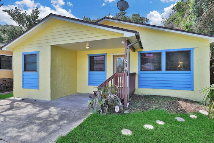 NEW LISTING! Breezy home near the beach, shopping & dining - near state park