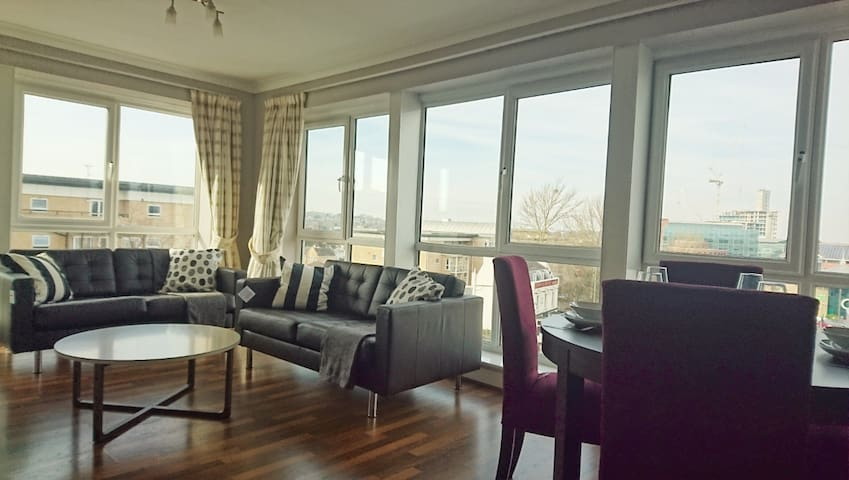 Penthouse Bromley Town Centre - Bromley - Lejlighed
