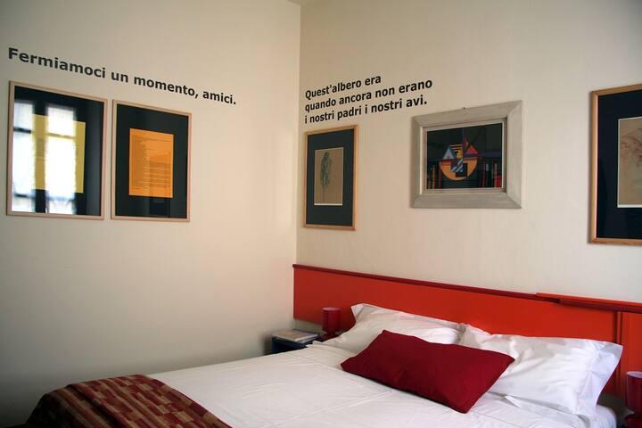 Mantova - Due stanze per 4 a Casa dei poeti - Mantova - Bed & Breakfast