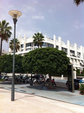 Dúplex con piscina privada. - Marbella - House