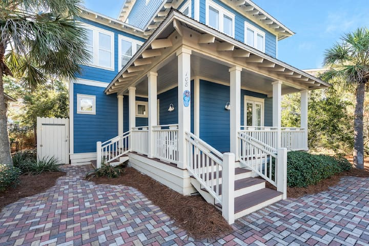 "Seacrest Beach ""Sun-Kissed Cottage"" 0.3 mi to Gulf"