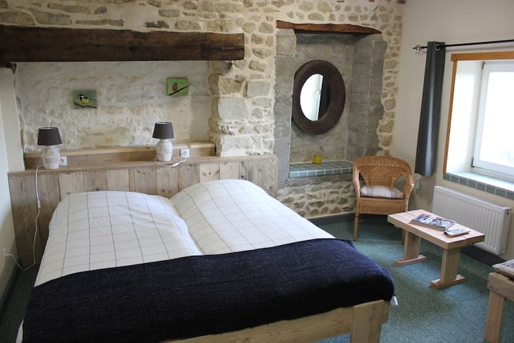 MAISON LE BARRAGE, Chambre du Valet - Saint-Gervais-d'Auvergne