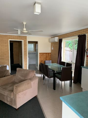 1 bedroom suite- short term rental 7 days min