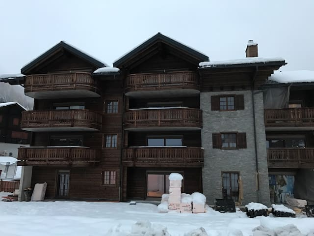 Superbe appartement neuf à Morgins - Troistorrents - アパート