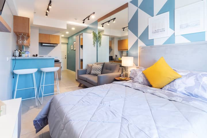 Cool and comfy studio with resort vibes nr Makati