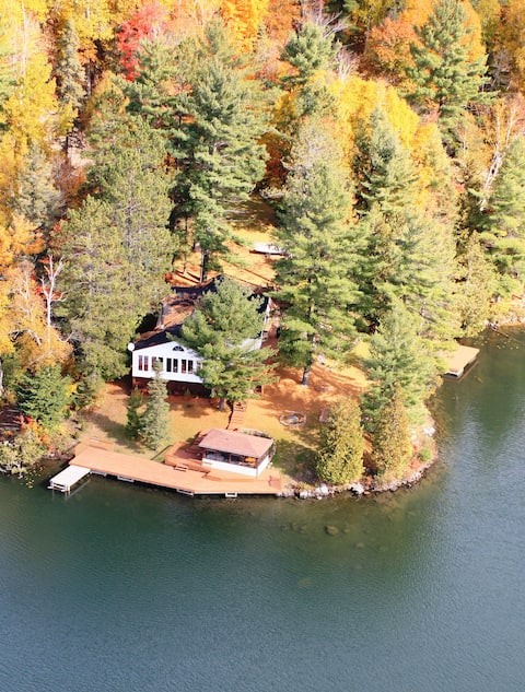 Large Cottage on Little Fairbank Lake