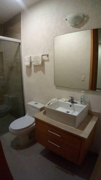 Cada recámara con baño individual