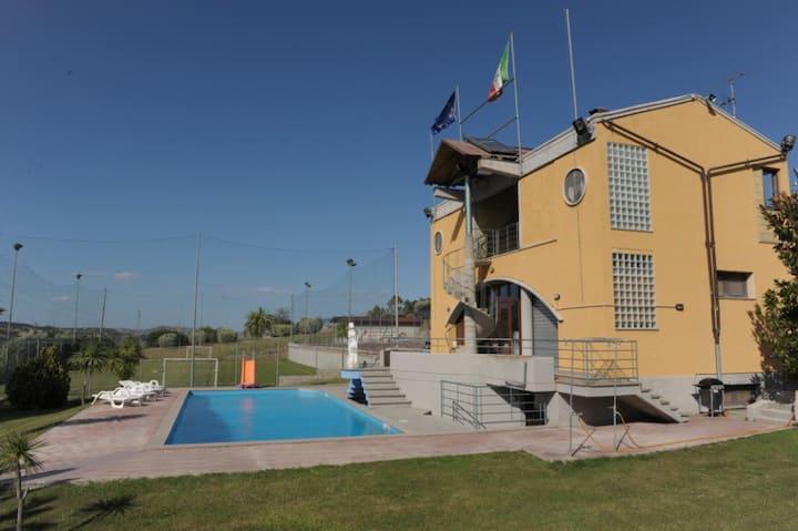 Originale B&B,piscina,Valsinni (MT)