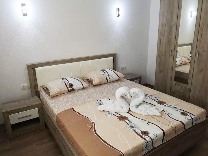 Cheap and cozy apartment near the Long beach-B2
