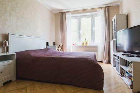 Уютная квартира рядом с метро - Daire
