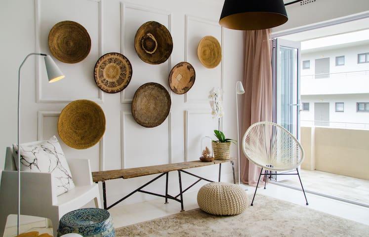 Petite Designer Apartment
