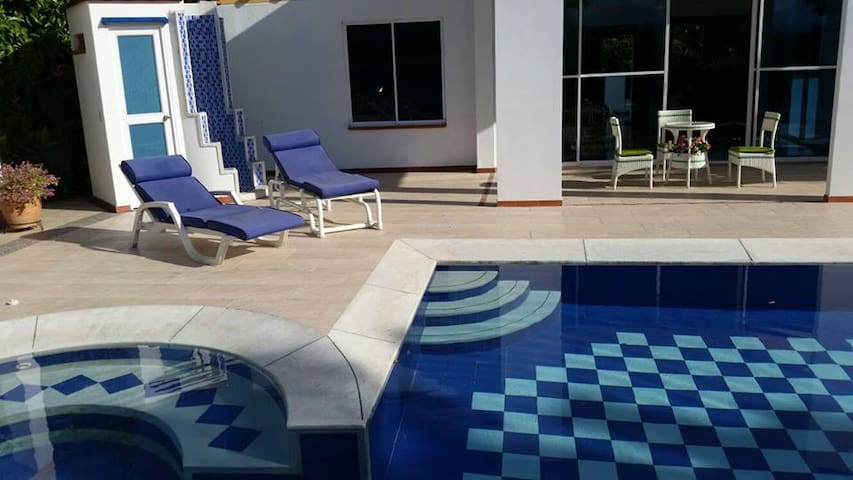 Villa Calipso (Conjunto Cerrado & Pet Friendly)