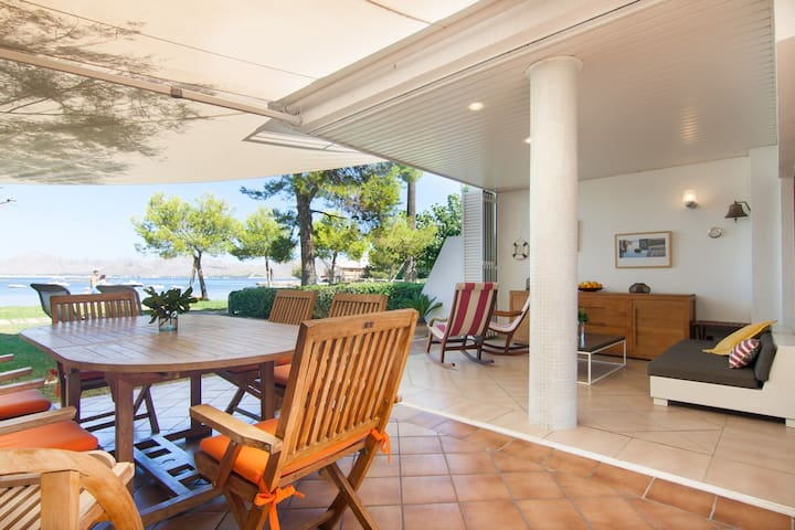 Lovely coastal chalet in Alcudia
