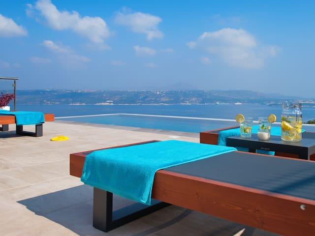 Villa Nikos, Megala Chorafia, Crete