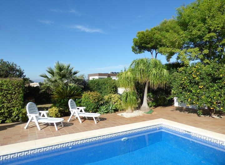 Superb Villa with Private Pool & High Speed WiFi