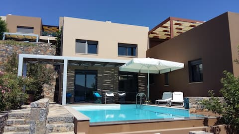 Villa Joanna, luxurious villa in Elounda with pool