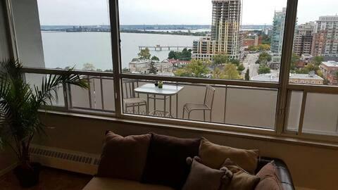 Majestic penthouse million dollar view