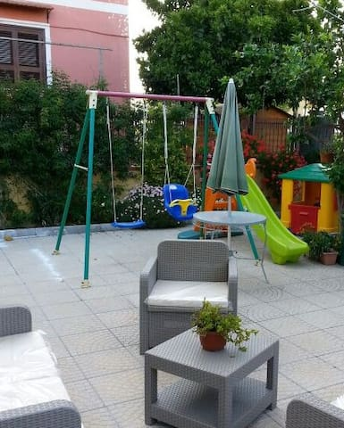 Cozy apartment close to ruins of Pompeii (2 stops) - Torre del Greco - House