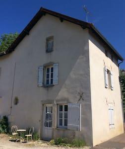 15 mins Beaune  La Rochepot  Maisonette 60m2 - La Rochepot