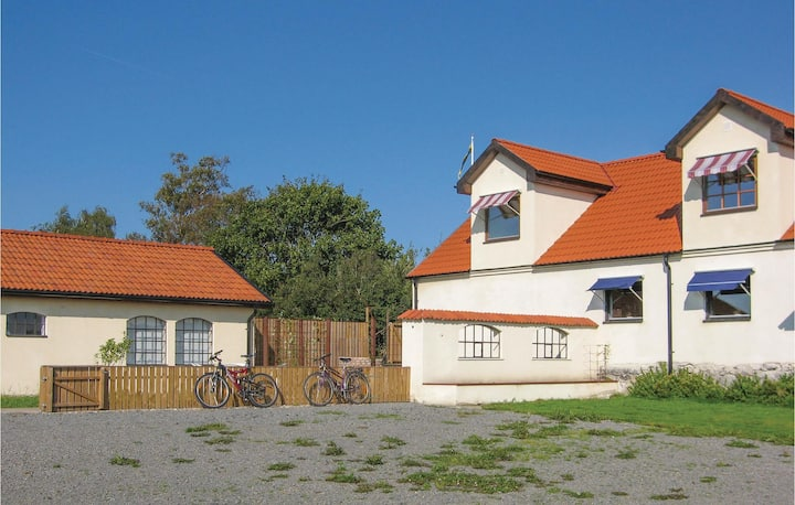 Amazing home in Glemmingebro with WiFi and 2 Bedrooms