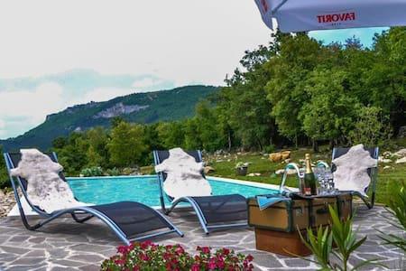 Villa Mavrići - Buzet