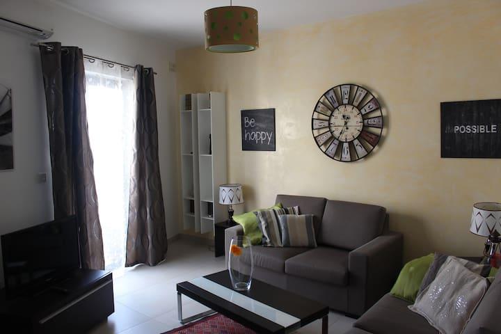 Comfy Duplex Apartment - Il-Mellieħa - Leilighet