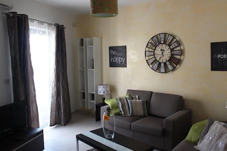 Comfy Duplex Apartment - Il-Mellieħa - Lejlighed