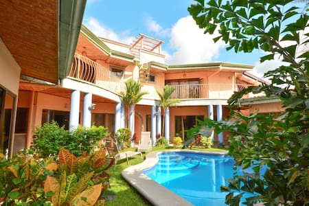 Villa Arena - Tropical House with Private Pool! - Casa