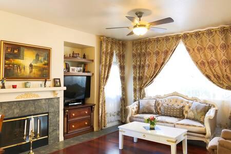 San Diego B &B Vacation Business Trip rental house