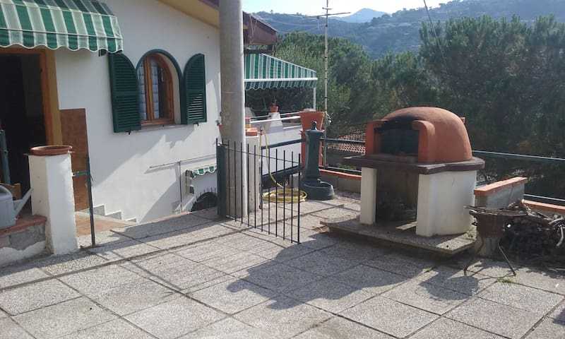 CASETTA NEL VERDE - Camporosso - Apartamento