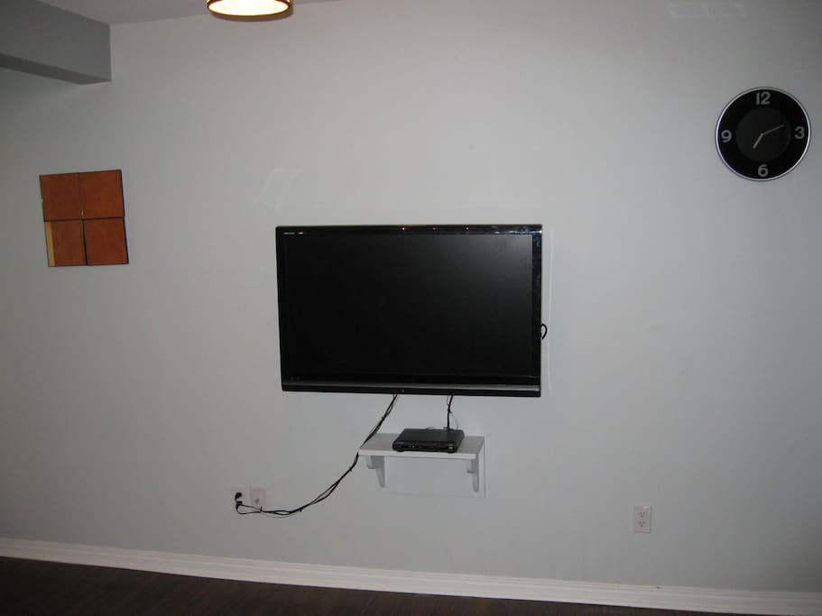 40 inch tv with PVR
