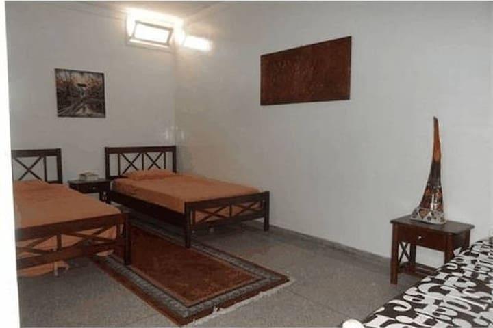 Chambre avec 2 lits simples - Tamraght - Villa