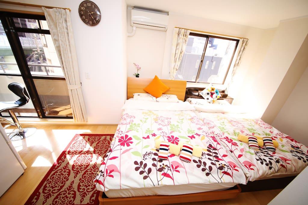 4F New room ,1bedroom with 2 Double beds,TV;4楼新装修公寓,一间卧室2张双人床,有电视