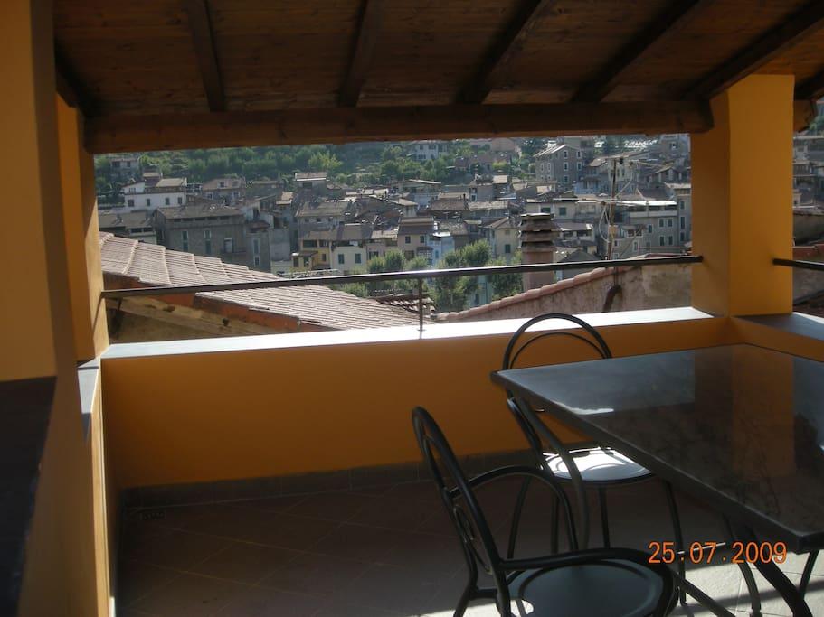 Terrazzo coperto con vista panoramica