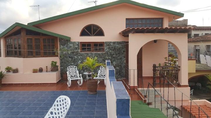 Casa independiente precios Especiales.54123441