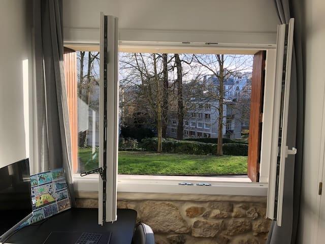 Studio dans parc arboré à Meudon