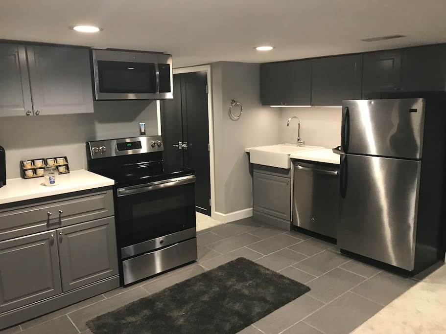 Full kitchen in basement unit