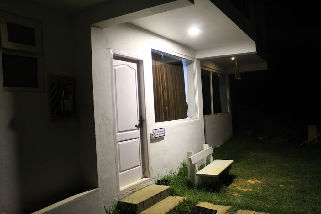 Frontage & Sit out lawn (night) : Max