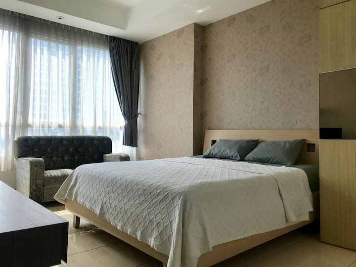 Comfortable 3BR Apartment in South Jakarta