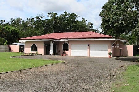 Casa Del Nygren Country Elegance 2 - La Fortuna - House