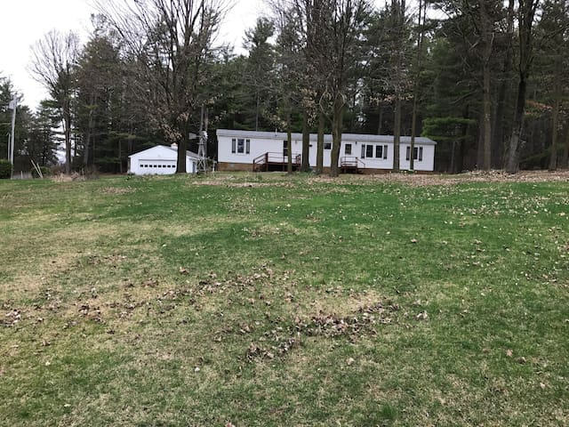 2 bedroom at the base of Mt. Philo - Charlotte - Huis