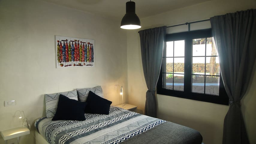 Master Bedroom // Dormitorio principal