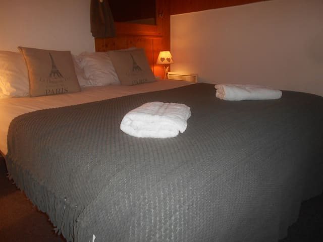 double/twin room - 5 rooms available - Les Gets - Bed & Breakfast