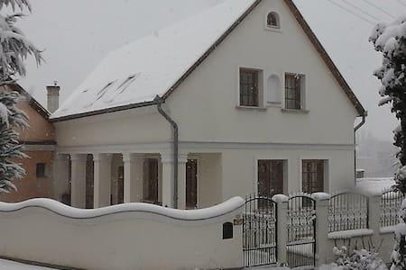 Amadeus Vendégház