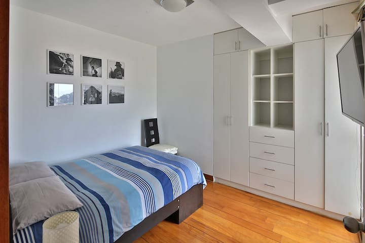 Second bedroom on the rear (double bed)