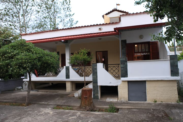 Bertos Private House 500m from the beach - Asprovalta