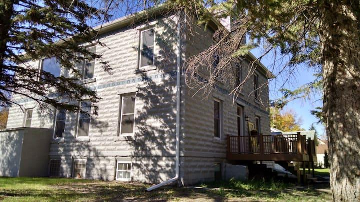 Grand Prairie Inn
