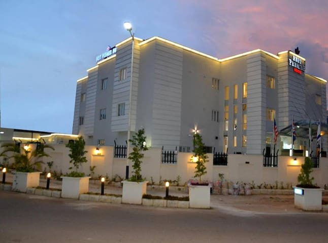 Best Premier Hotel Wuse II