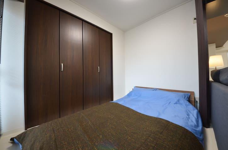 心地よいベッド Comfortable bed 舒適的床鋪 편안한 침대