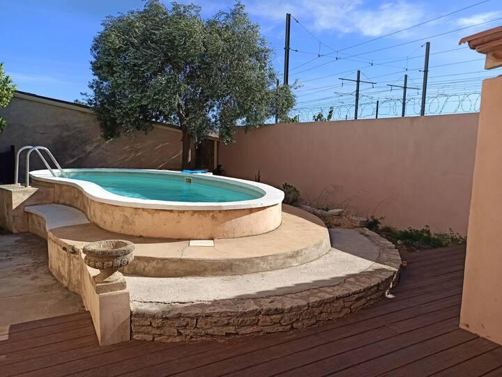 joli appartement privatif avec piscine